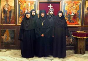 nuns-sm-e1466579141931